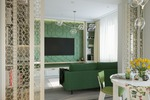 Дизайн-проект квартиры в Москве. Вид из кухни в гостиную.