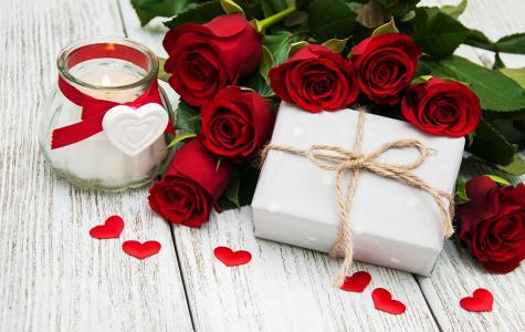 Доставка цветов и подарков. SEO-текст на главную
