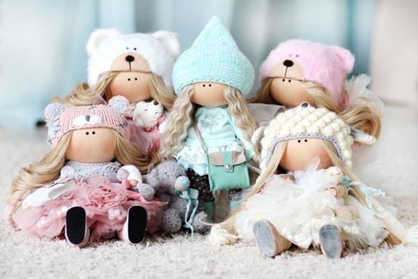 Сколько стоит текстильная кукла ручной работы и от чего зависит